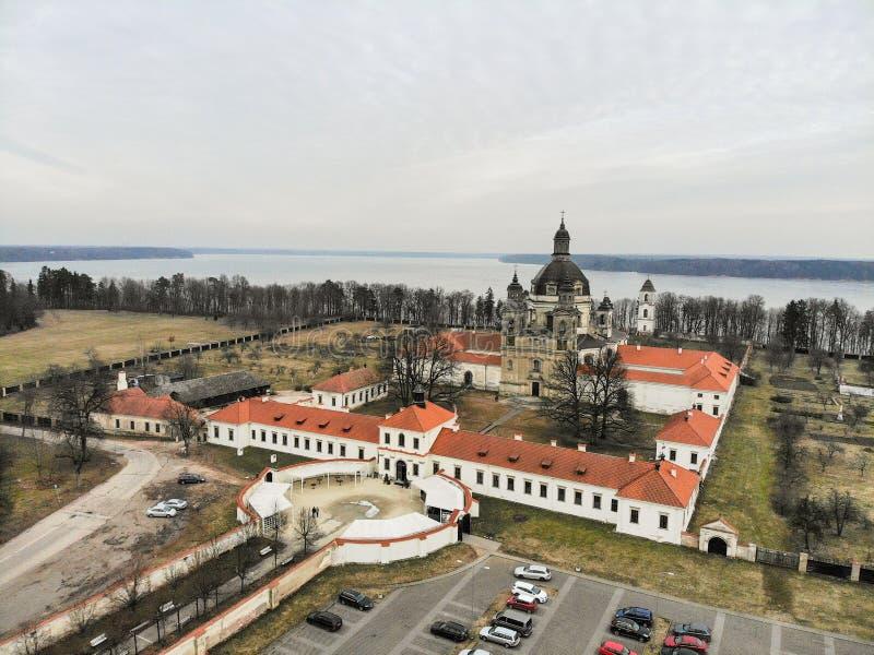 Εναέρια άποψη μοναστηριών Pazaislis σε Kaunas, Λιθουανία στοκ εικόνες με δικαίωμα ελεύθερης χρήσης