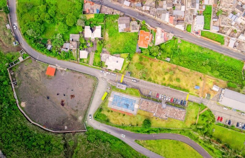 Εναέρια άποψη πόλεων με τα κτήρια και τους χώρους στάθμευσης Banos στοκ φωτογραφίες με δικαίωμα ελεύθερης χρήσης