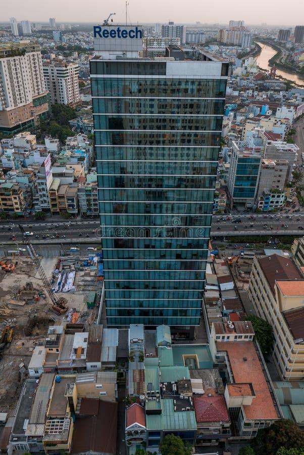 Εναέρια άποψη πόλεων Χο Τσι Μινχ στο χρόνο ηλιοβασιλέματος στη νέα ανάπτυξη α στοκ φωτογραφίες με δικαίωμα ελεύθερης χρήσης