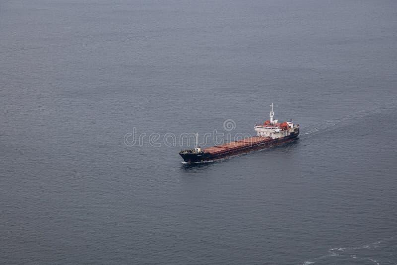 Εναέρια άποψη σκαφών εμπορευματοκιβωτίων φορτίου στοκ φωτογραφίες
