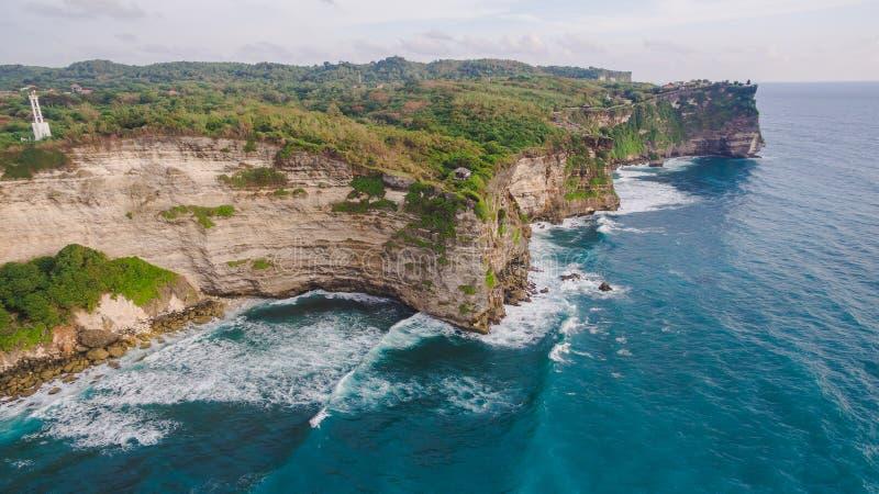 Εναέρια άποψη σχετικά με την ωκεάνια ακτή στοκ εικόνα