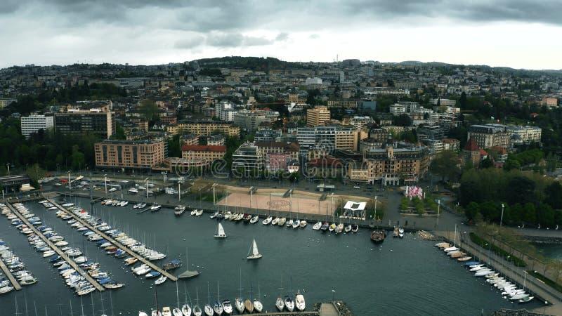 Εναέρια άποψη της ακτής της Λωζάνης και της Γενεύης λιμνών, Ελβετία στοκ φωτογραφία με δικαίωμα ελεύθερης χρήσης