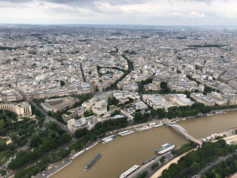 Εναέρια άποψη της αψίδας του θριάμβου από τον πύργο του Άιφελ, Παρίσι στοκ εικόνες