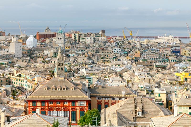 Εναέρια άποψη της Γένοβας από την κορυφή ο λόφος στοκ εικόνα