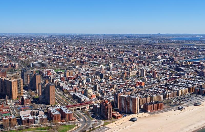 Εναέρια άποψη της κατοικημένης περιοχής στην πόλη της Νέας Υόρκης στοκ φωτογραφίες