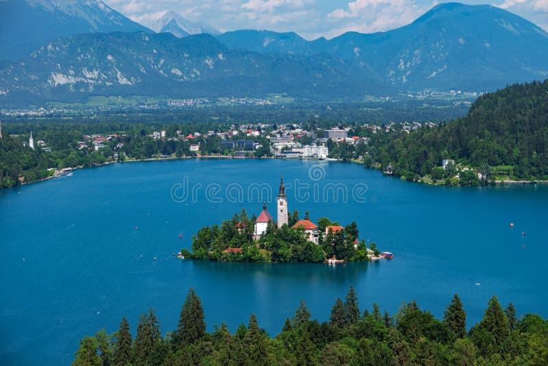 Εναέρια άποψη της λίμνης που αιμορραγείται, Άλπεις, Σλοβενία, Ευρώπη στοκ εικόνες με δικαίωμα ελεύθερης χρήσης