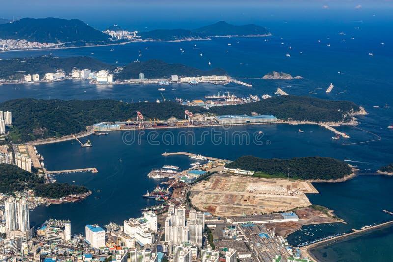 Εναέρια άποψη της μητροπολιτικής πόλης Busan στοκ εικόνα
