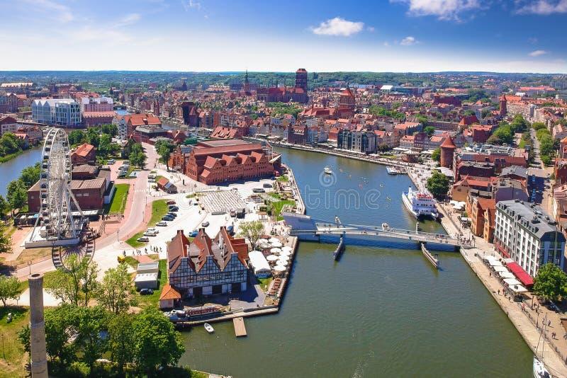 Εναέρια άποψη της παλαιάς πόλης του Γντανσκ στο θερινό τοπίο, Πολωνία στοκ εικόνες με δικαίωμα ελεύθερης χρήσης