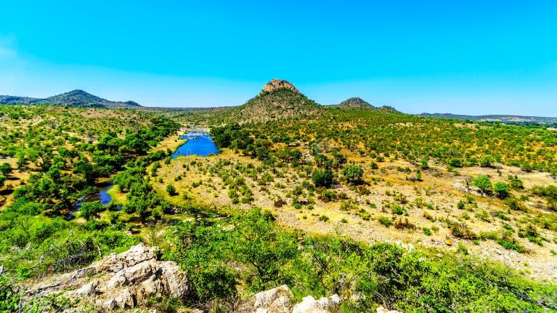 Εναέρια άποψη της περιοχής που περιβάλλει τον ποταμό Γερμανία-Selati όπου ενώνει τον ποταμό Olifants στο εθνικό πάρκο Kruger στοκ φωτογραφία με δικαίωμα ελεύθερης χρήσης