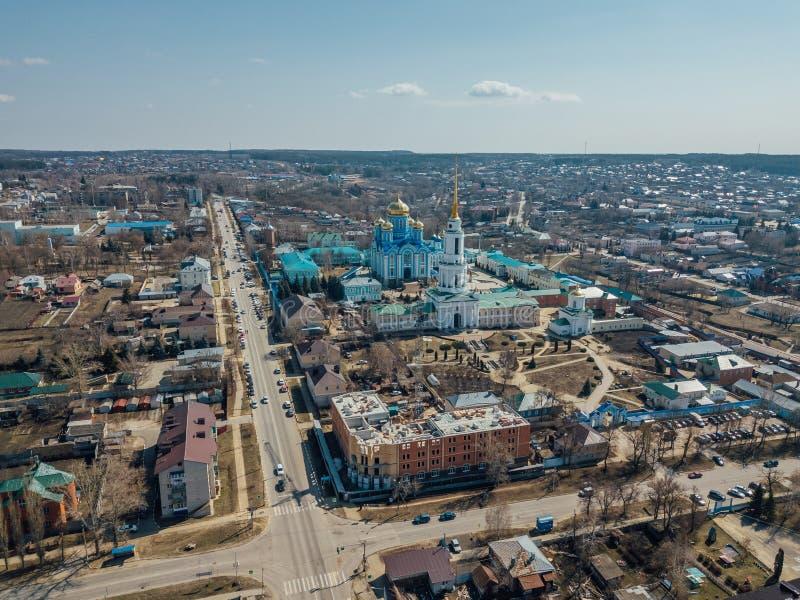 Εναέρια άποψη της πόλης Zadonsk και Nativity της κυρίας μας Monastery στοκ εικόνα με δικαίωμα ελεύθερης χρήσης