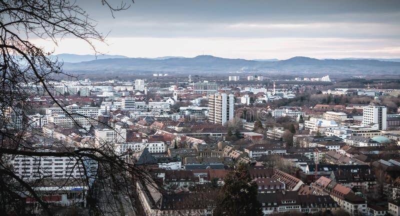Εναέρια άποψη του κέντρου πόλεων του freiburg Im Breisgau, Γερμανία στοκ εικόνα