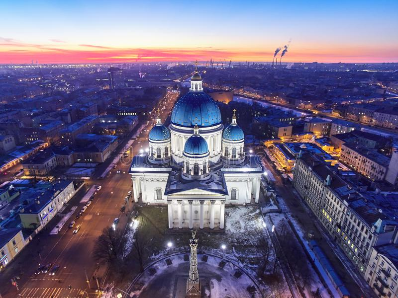 Εναέρια άποψη του καθεδρικού ναού τριάδας, η Αγία Πετρούπολη, Ρωσία στοκ φωτογραφία