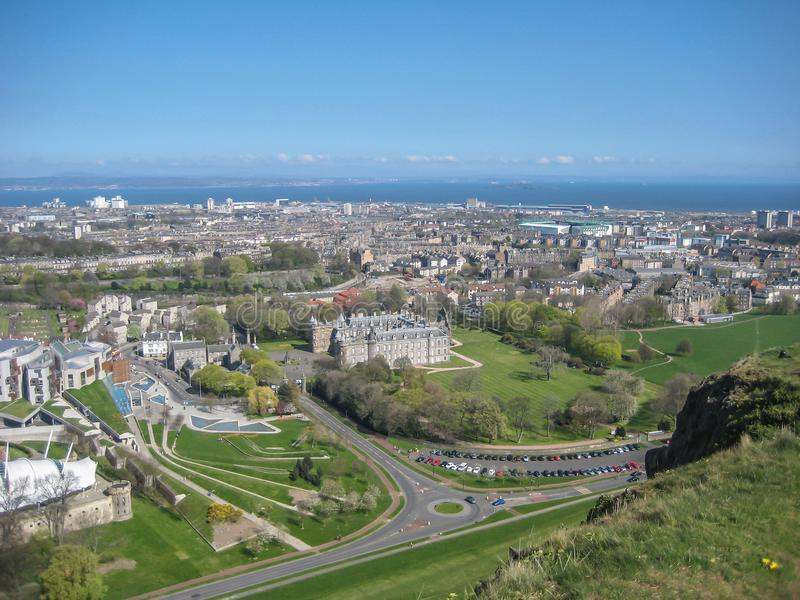 Εναέρια άποψη του παλατιού Holyrood, στο Εδιμβούργο στοκ εικόνες