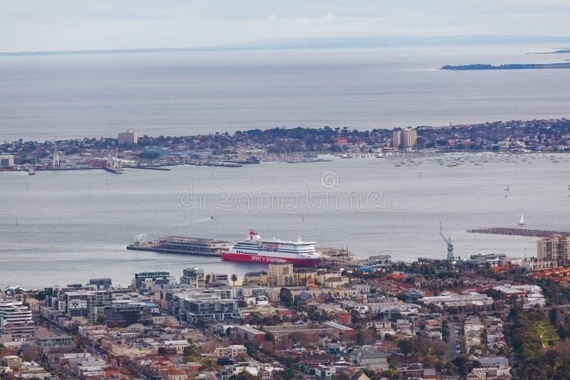 Εναέρια άποψη του πνεύματος του σκάφους της Τασμανίας που ελλιμενίζεται στο λιμένα Melbourn στοκ εικόνες