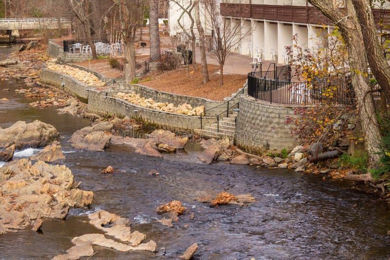 Εναέρια άποψη του ποταμού Chattahoochee, Helen, ΗΠΑ στοκ εικόνα