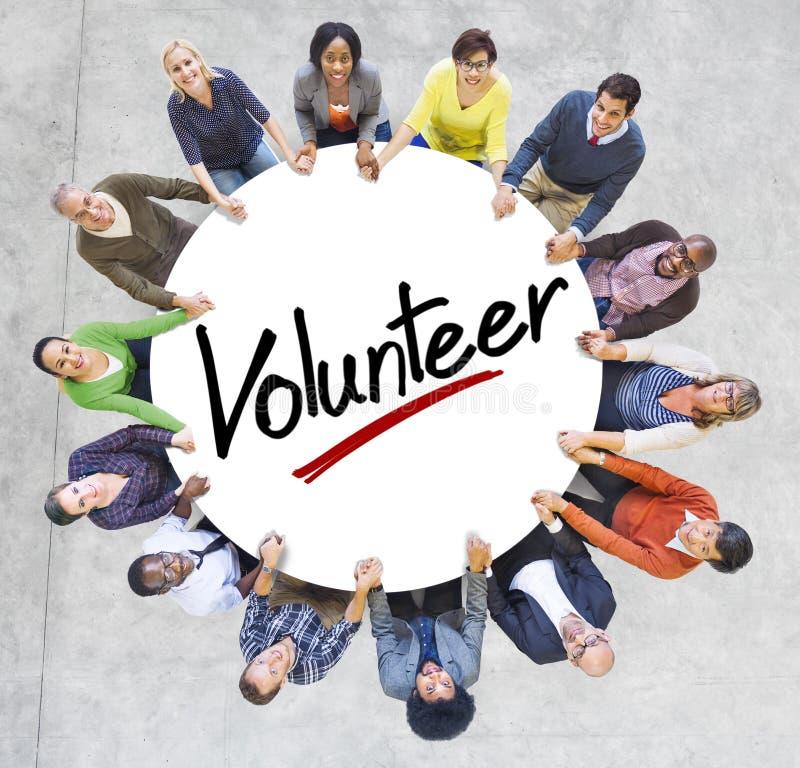 Εναέρια άποψη των ανθρώπων και των εθελοντικών εννοιών στοκ εικόνα
