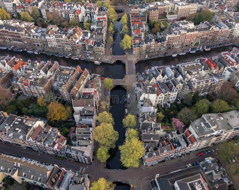 Εναέρια άποψη των καναλιών του Άμστερνταμ στοκ εικόνα με δικαίωμα ελεύθερης χρήσης