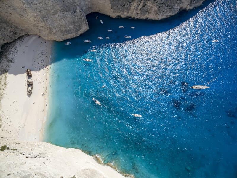 Εναέρια άποψη Navagio ( Shipwreck)  Παραλία στη Ζάκυνθο, Navagio Β στοκ φωτογραφίες