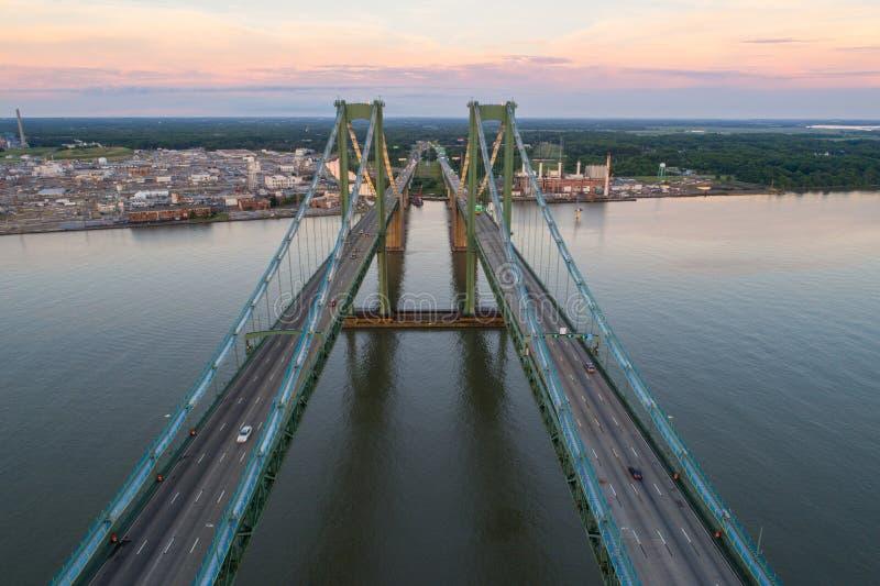 Εναέρια εικόνα κηφήνων της αναμνηστικής γέφυρας του Ντελαγουέρ στοκ φωτογραφία με δικαίωμα ελεύθερης χρήσης