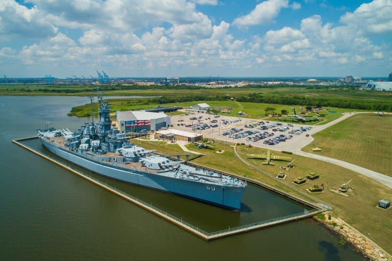 Εναέρια εικόνα του USS Αλαμπάμα στο αναμνηστικό πάρκο θωρηκτών στοκ εικόνες