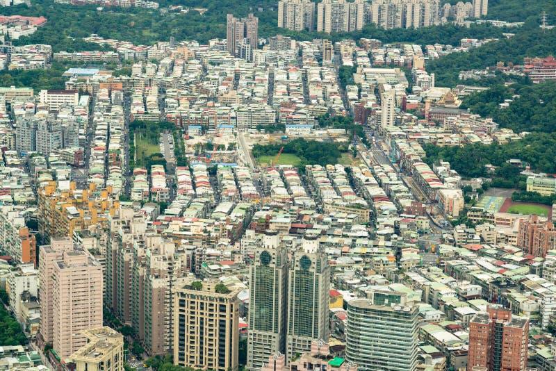 Εναέρια περιοχή κατοικιών άποψης συσσωρευμένη η Ταϊπέι στοκ εικόνες
