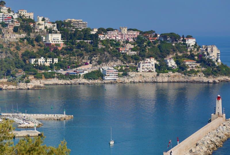 Εναέρια προοπτική της θάλασσας, του φάρου και της Νίκαιας από το απόρριμμα στοκ εικόνες