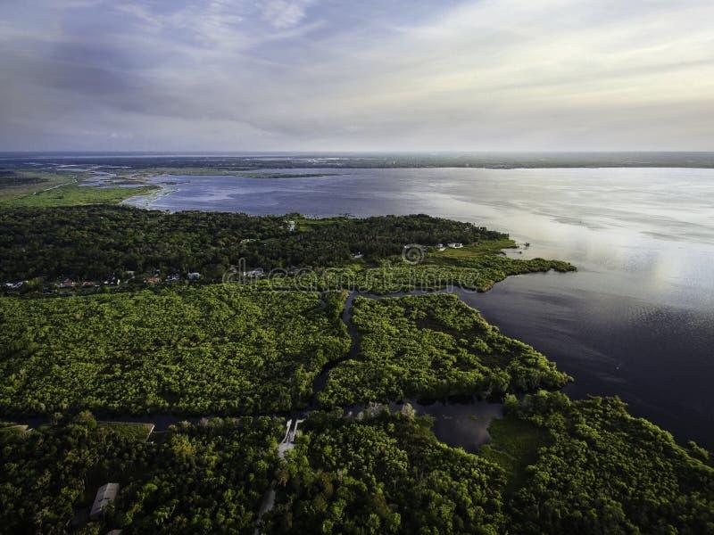 Εναέρια φωτογραφία της λίμνης Μονρό από τη Δελτόνα Φλόριντα στοκ εικόνες