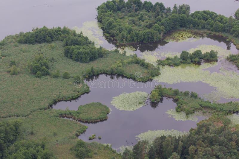 εναέρια όψη λιμνών στοκ εικόνα με δικαίωμα ελεύθερης χρήσης
