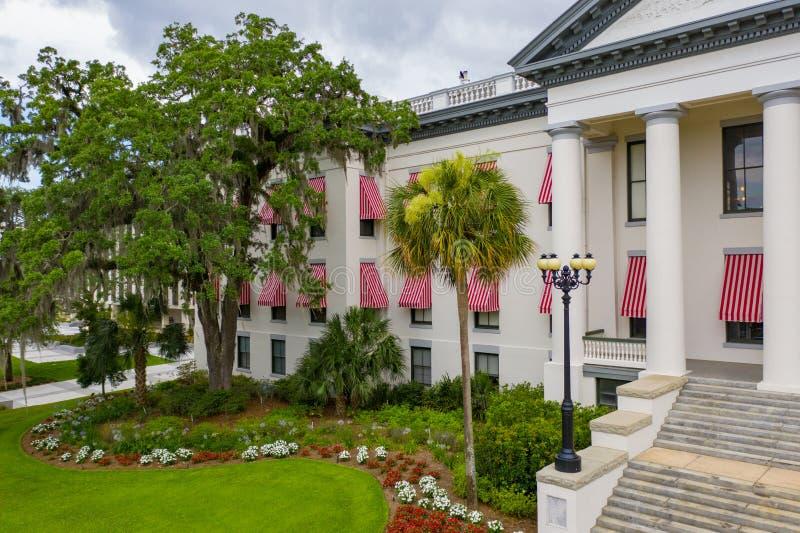 Εναέριο κράτος Capitol της Φλώριδας φωτογραφιών που χτίζει Tallahassee στοκ εικόνες