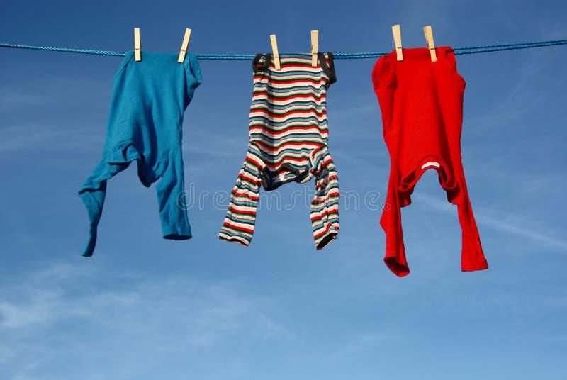 Ενδύματα μωρών   στοκ εικόνα με δικαίωμα ελεύθερης χρήσης