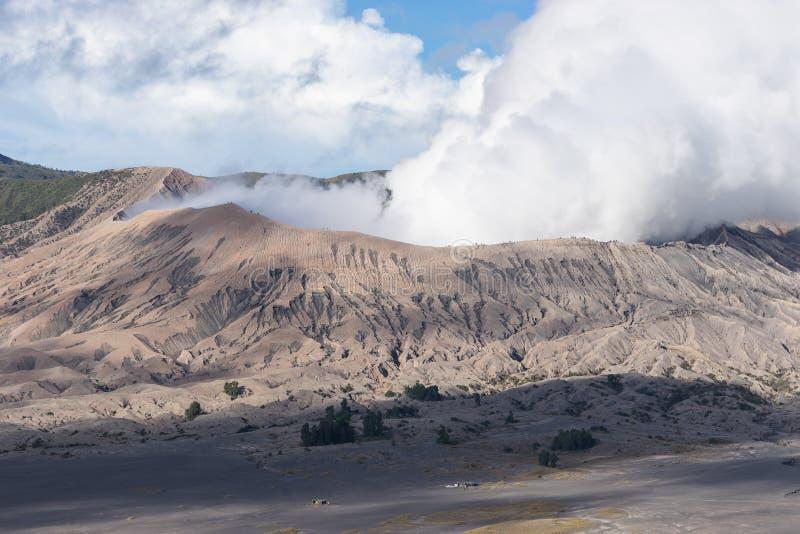 Ενεργό βουνό ηφαιστείων Bromo στην ανατολική Ιάβα, Ινδονησία στοκ εικόνες
