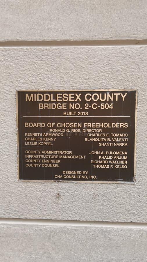 Ενημερωτική πινακίδα στη μικρή πρόσφατα κατασκευασμένη γέφυρα # 2-γ-504 στο πάρκο Johnson σε NJ, ΗΠΑ Ð « στοκ εικόνες