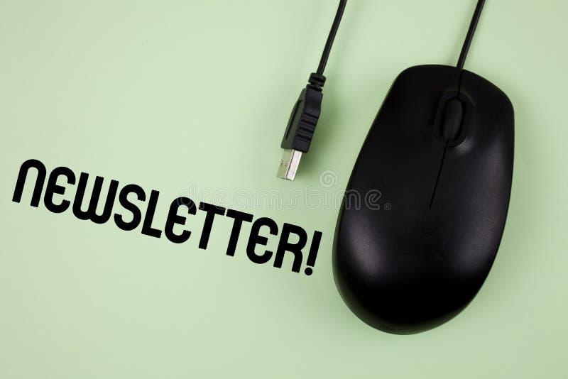 Ενημερωτικό δελτίο κειμένων γραψίματος λέξης κινητήρια κλήση Επιχειρησιακή έννοια για το δελτίο που στέλνεται περιοδικά στα μέλη  στοκ εικόνες