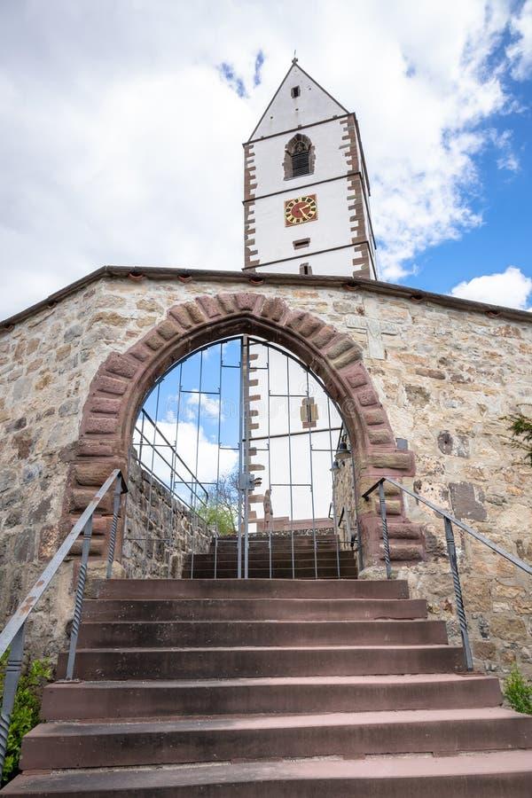 Ενισχυμένη εκκλησία στη νότια Γερμανία Bergfelden στοκ φωτογραφία