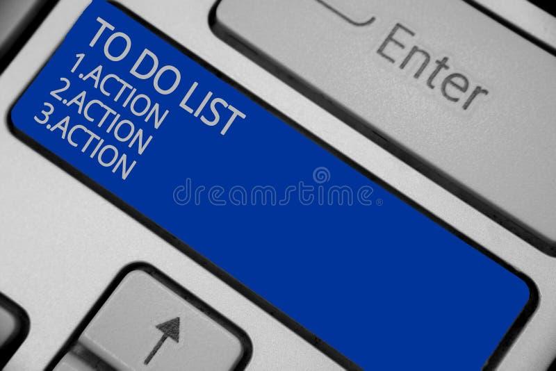 Εννοιολογική παρουσίαση γραψίματος χεριών για να κάνει τον κατάλογο 1 Ενέργεια 2 Δράση 3 ακτινίου Κείμενο επιχειρησιακών φωτογραφ απεικόνιση αποθεμάτων