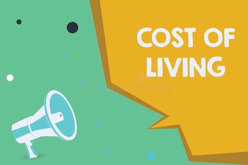 Εννοιολογικό χέρι που γράφει παρουσιάζοντας κόστος ζωής Επιχειρησιακή φωτογραφία που επιδεικνύει το επίπεδο τιμών σχετικά με μια  ελεύθερη απεικόνιση δικαιώματος
