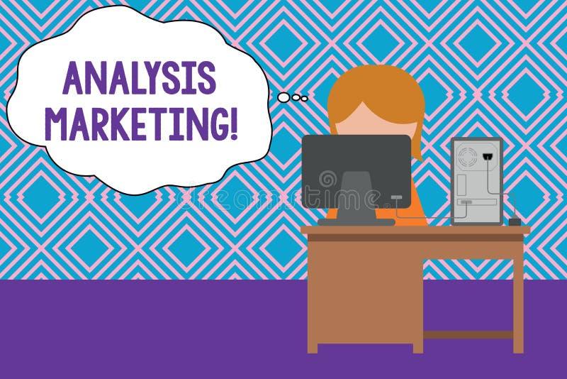 Εννοιολογικό χέρι που γράφει παρουσιάζοντας μάρκετινγκ ανάλυσης Ποσοτική και ποιοτική αξιολόγηση των κειμένων επιχειρησιακών φωτο διανυσματική απεικόνιση