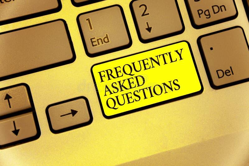 Εννοιολογικό χέρι που γράφει παρουσιάζοντας συχνά ερωτήσεις Επιχειρησιακή φωτογραφία που επιδεικνύει inquries ότι ενημερωμένος πε στοκ εικόνα