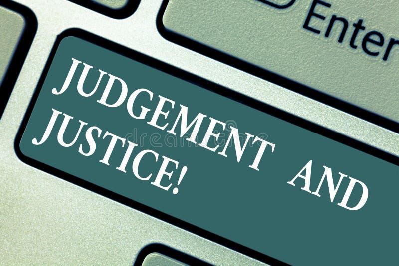 Εννοιολογικό χέρι που γράφει παρουσιάζοντας την κρίση και δικαιοσύνη Σύστημα επίδειξης επιχειρησιακών φωτογραφιών των νόμων σε μι στοκ φωτογραφίες με δικαίωμα ελεύθερης χρήσης