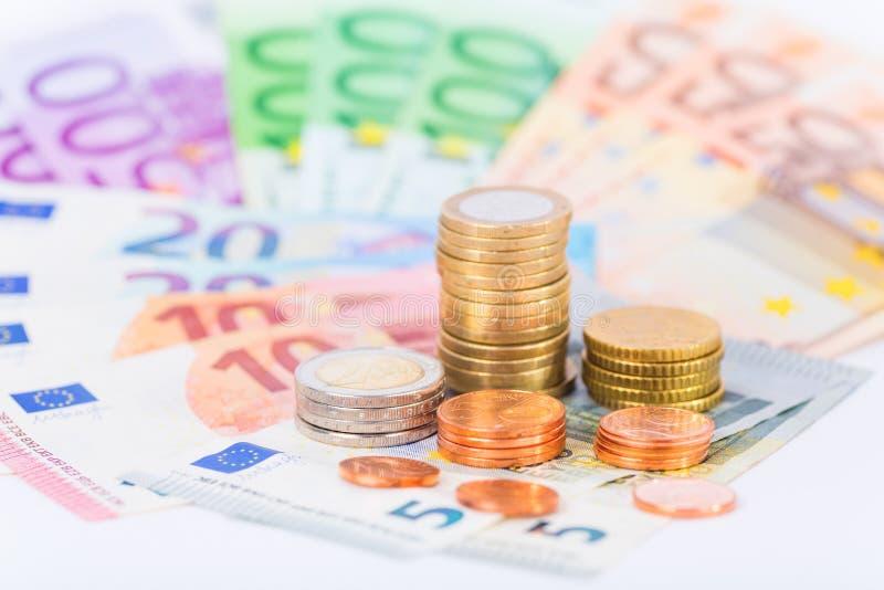 εννοιολογικό ευρώ πενήντα πέντε δέκα νομίσματος τραπεζογραμματίων στοκ φωτογραφία
