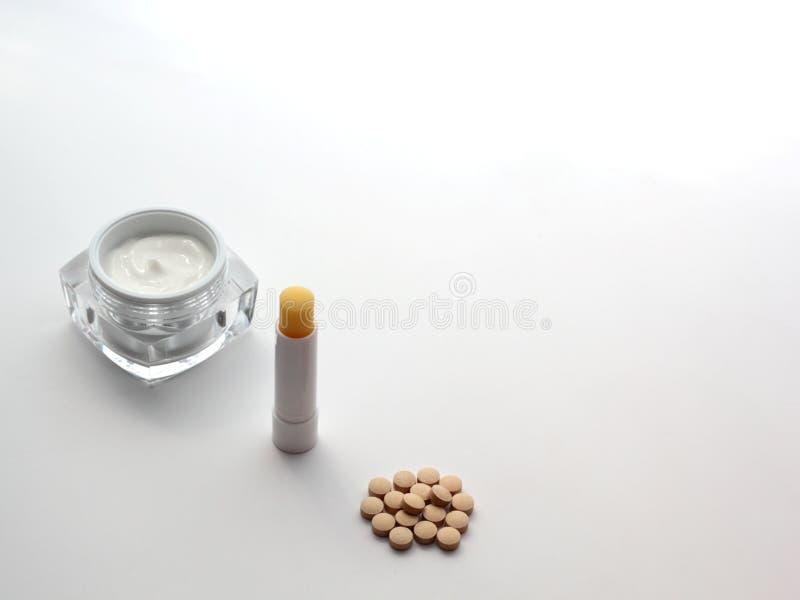Εξάρτηση εκκινητών επεξεργασίας Isotretinoin στοκ φωτογραφίες