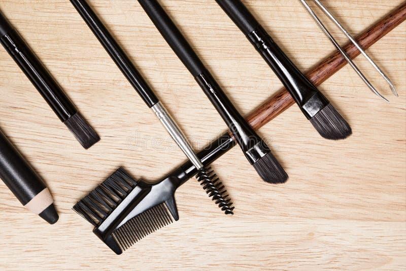 Εξαρτήματα για την προσοχή των brows και των μαστιγίων στοκ φωτογραφία με δικαίωμα ελεύθερης χρήσης