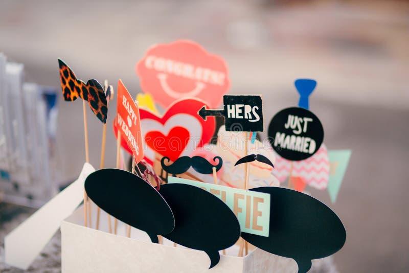 Εξαρτήματα για το photobooth Γάμος στο Μαυροβούνιο στοκ φωτογραφία με δικαίωμα ελεύθερης χρήσης