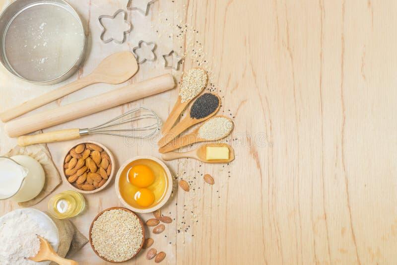 Εξαρτήματα κουζινών και συστατικά ψησίματος στοκ εικόνες