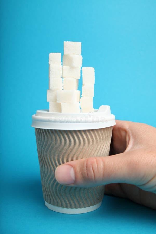 Εξαρτημένος ποτών ζάχαρης, υδατάνθρακας Μαγειρική αλλεργία στοκ φωτογραφία