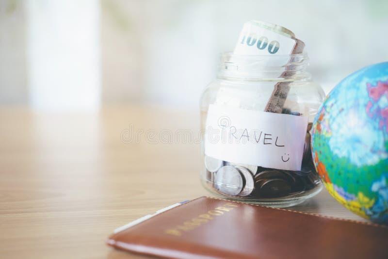 Εξοικονομήστε χρήματα για ταξίδια στοκ φωτογραφίες