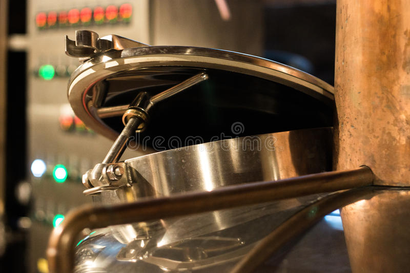 Εξοπλισμός ζυθοποιείων μπύρας στοκ φωτογραφίες