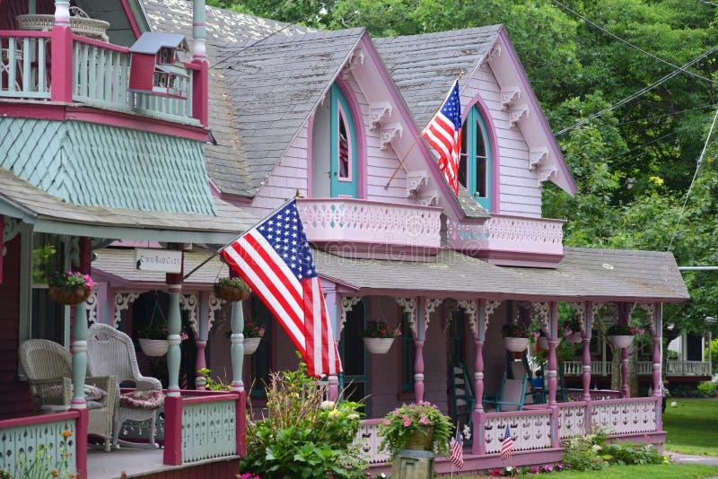 Εξοχικά σπίτια μελοψωμάτων, αμπελώνας της Martha ` s, μΑ, ΗΠΑ στοκ εικόνα με δικαίωμα ελεύθερης χρήσης