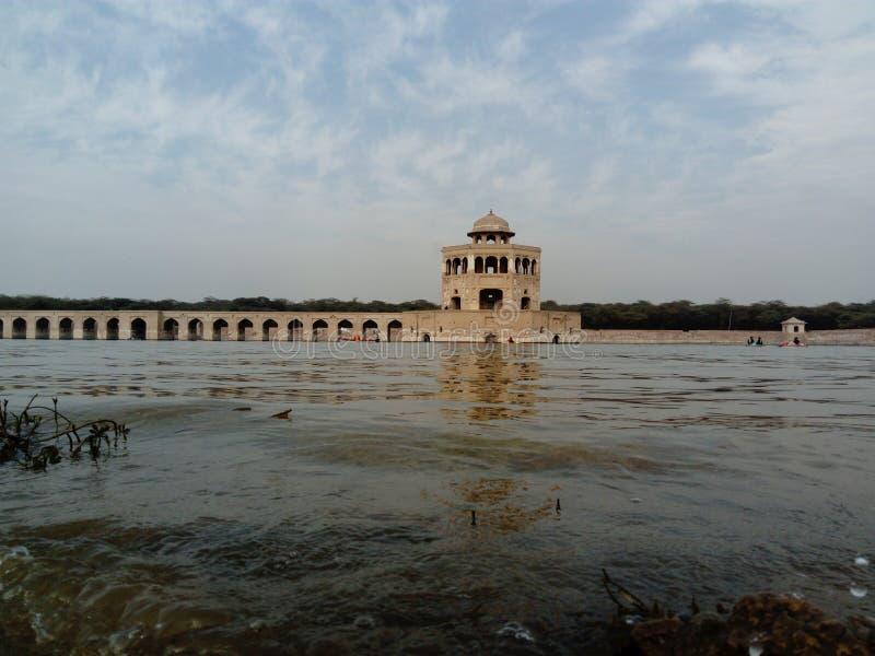 εξωραϊσμένοι ελεφάντων fatehpur hiran χαυλιόδοντες πετρών sikri κόκκινου ψαμμίτη μιναρών της Ινδίας minar pradesh uttar στοκ φωτογραφίες