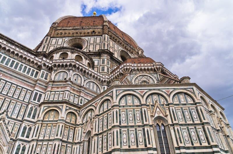 Εξωτερικές λεπτομέρειες του καθεδρικού ναού της Σάντα Μαρία del Fiore στη Φλωρεντία, Τοσκάνη στοκ φωτογραφία με δικαίωμα ελεύθερης χρήσης